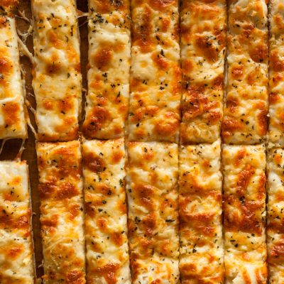 Weight Watchers Cheesy Cauliflower Breadstick Recipe + Dipping Sauces
