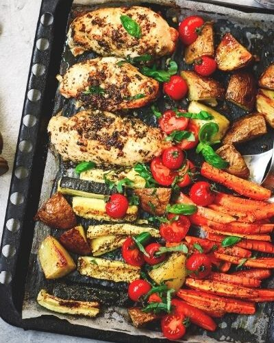 Easy Sheet Pan Roasted Chicken & Vegetables Dinner – One Pan Weight Watchers Meal