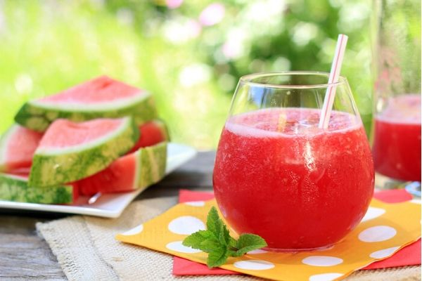 Watermelon Mint Frosé in a stemless glass