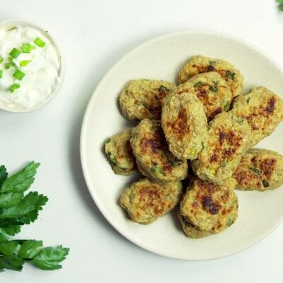picture of air fried zucchini tater tots for weight watchers recipes on deedeedoes.com